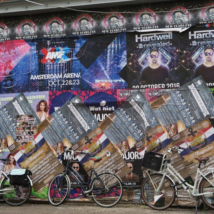 Wilde Plakatierung/city(c)pixaby